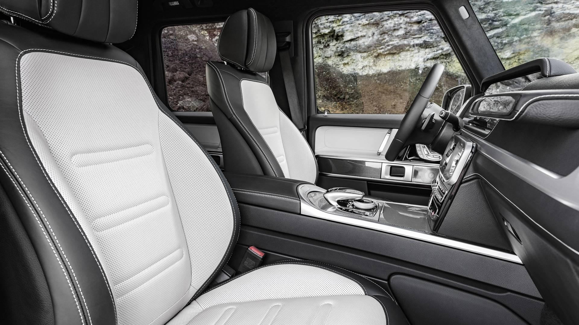 Название: 2019-mercedes-benz-g-class-interior.jpg Просмотров: 74  Размер: 382.8 Кб
